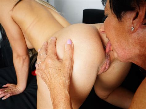 Granny Licking Teen Pussy On Mature Nl On Gotporn 4707505