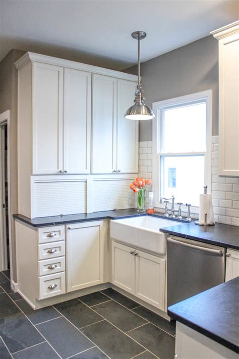 remodelaholic 5 tricks for choosing the paint color