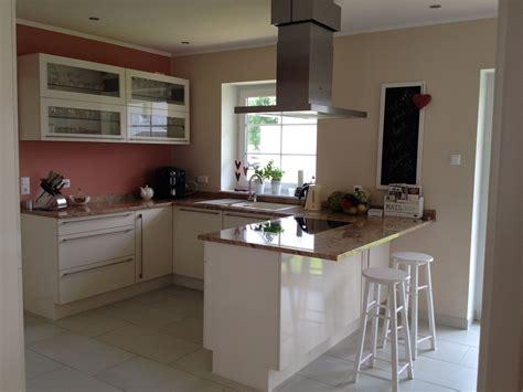 Magnolia Farbe Küche