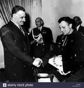 Soviet cosmonaut Yuri Gagarin visiting Egypt. Egyptian ...