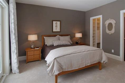 Bedroom Decorating Ideas With Pine Furniture by Simple Master Bedroom With Pine Furniture Pine