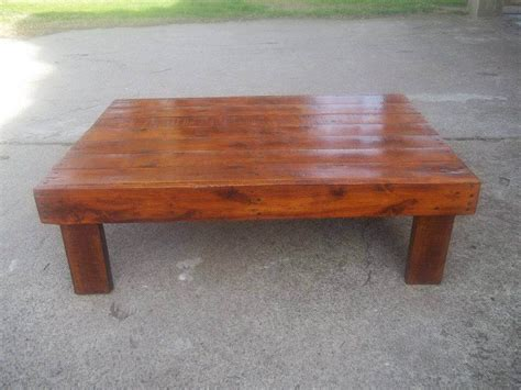 coffee table made out of pallet wood stained wooden pallet coffee table 99 pallets