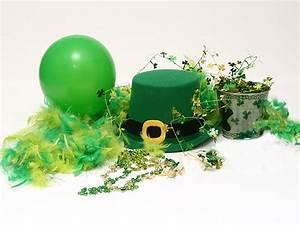 Boston St. Patrick's Day Leprechaun Decorations   Parcel ...