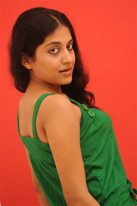 serial actress kavitha k v kavitha nair navel search results calendar 2015