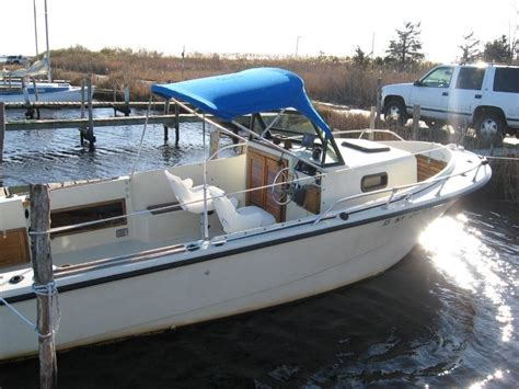 20 Ft Cuddy Cabin Boat by 1984 21 Ft Proline Walk Around Cuddy Cabin The Hull