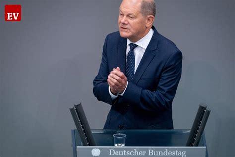 Skandal, wirecard'ın denetimini yapan ey'nin, şirketin 2019 hesaplarında 1,9 milyar avrodan fazla paranın kayıp olduğu gerekçesiyle geçen yılın finansal sonuçlarını onaylamamasından sonra ortaya. Wirecard-Skandal: Scholz will Finanzaufsicht reformieren