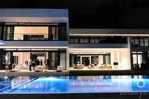 Athletes Living In Homes Worth Millions Of Dollars