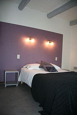 chambre violette et grise hotel restaurant lou cigaloun