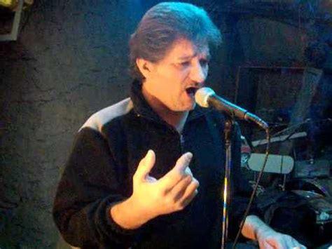 thierry chante la maison sur le port amalia rodrigues
