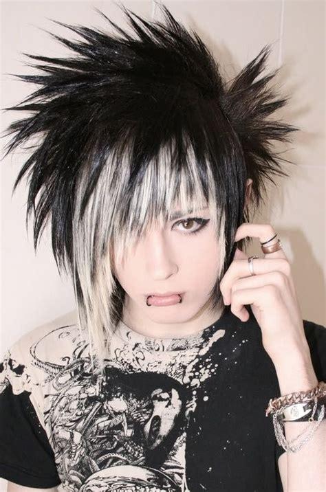 short choppy emo punk goth indie hairstyle hairstyles
