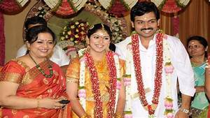 Actor Karthi Sivakumar Family Photos Wife Ranjini Daughter ...