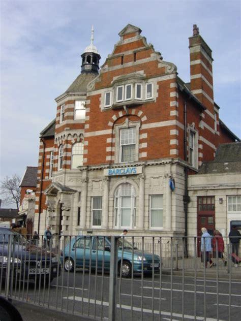 barclays bank  swan  sue adair geograph britain