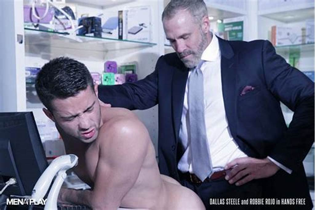 #Sexy #Young #Bottom #Boy #Robbie #Rojo #Fucked #By #Silver #Daddy