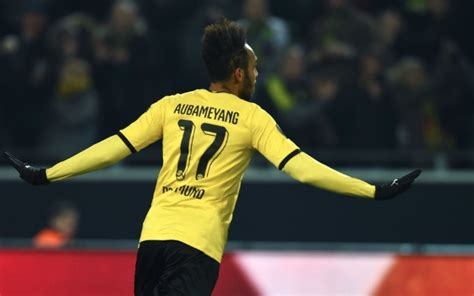 Liverpool transfer news: Aubameyang available after row