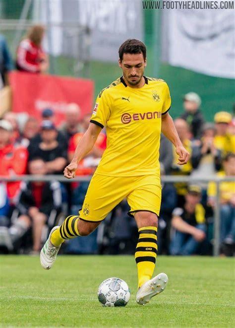 #matts hummels #sry not sry #pretty little twink. BVB's Mats Hummels Again Cuts Holes in Adidas Copa Boots ...