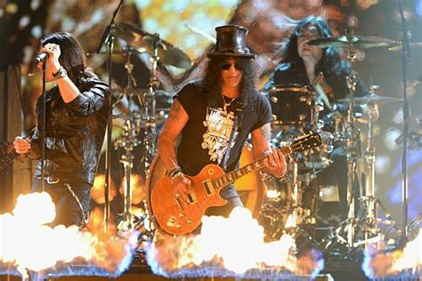 Slash Promises His 'world On Fire' Followup Will Stay