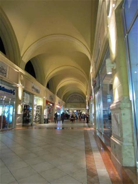 Inside The Nelson Mandela Square Mall  Picture Of Nelson Mandela Square, Sandton Tripadvisor