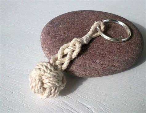 les 25 meilleures id 233 es de la cat 233 gorie pomme de touline sur nœuds noeud de singe