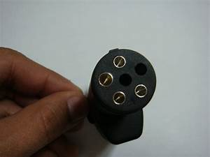 Adaptador Conector Para Remolque De 6 A 4 Puntas Maa