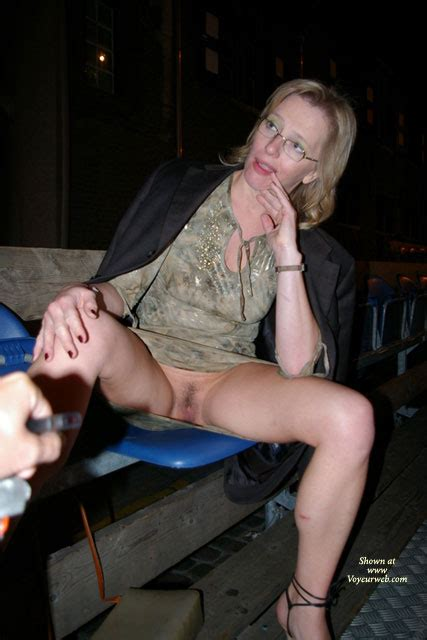 Pantyless Milf Flashing Pussy Outdoor August 2007