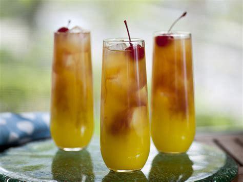 best vodka drinks top 5 vodka drink recipes online news and tips
