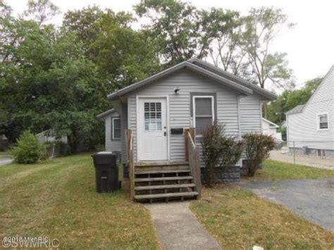 $120,000 424 western avenue benton harbor, mi 49022 beds: Benton Harbor, MI Real Estate - Benton Harbor Homes for ...