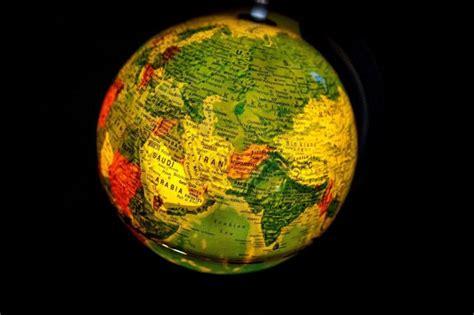 Kontinenti koji su živeli brzo i kratko - Impuls