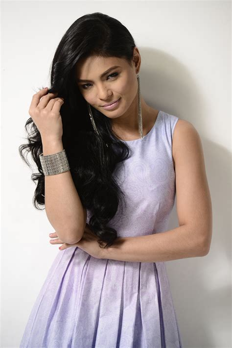 abs0228 lovi poe fan blog with pictures and videos