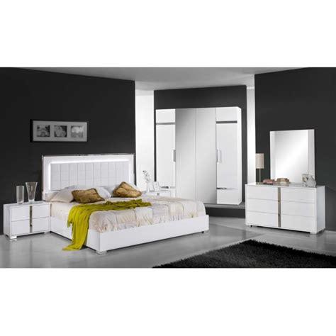 chambre a coucher design pas cher chambre adulte complte design chambre noir et blanc