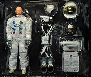 Dragon - 1/6 - Apollo Astronaut - Apollo 11 Commander ...