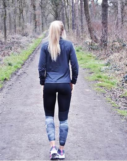 Walking Away Woman Path Park Blonde Gefickt