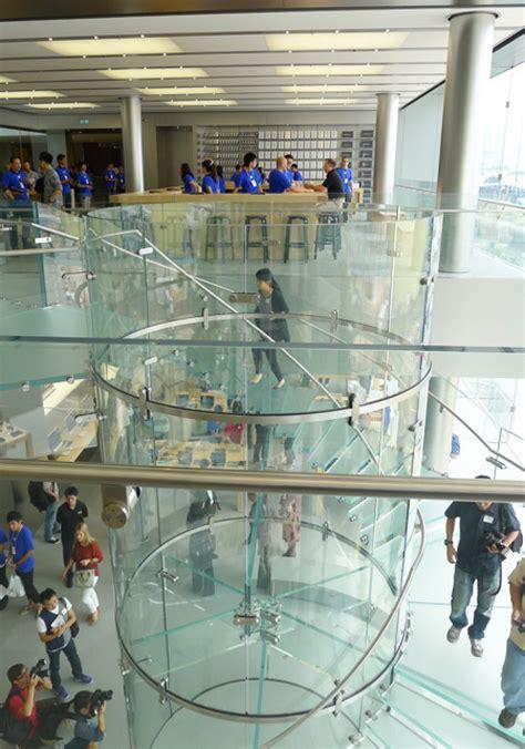 hong kong ifc mall apple store opens  large crowds mac rumors