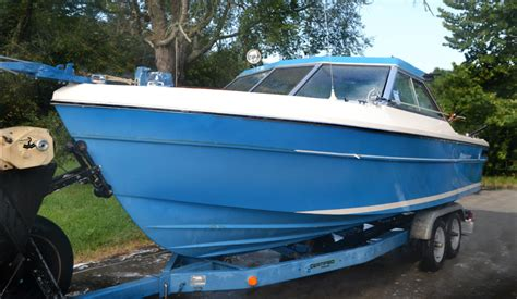 Ebay Boats Other by Bayliner Nee Trailer And Other Stuff Of Note On Ebay