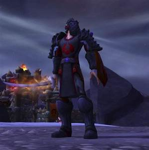 Paladin red and dark blue plate. Tabard is belf only ...