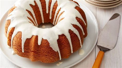 how to a bundt cake pumpkin bundt cake with cheese glaze recipe from