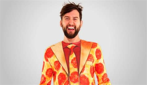 Amazing Pizza-Themed Costumes For Halloween 2019 - Slice ...