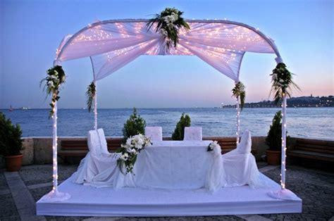mariage sur la plage dites oui sous le soleil