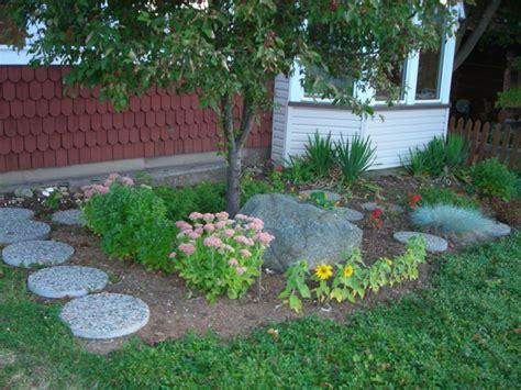 Gartengestaltung Mit Steinen  Einen Wervollen Garten Schaffen