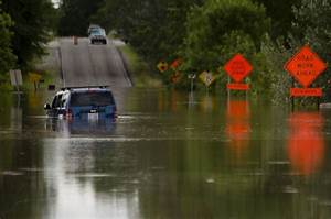 Flooding enters homes, displaces some - Midland Daily News