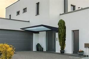 Vordach Hauseingang Modern : das vordach elegant zeitlos und praktisch ~ Michelbontemps.com Haus und Dekorationen