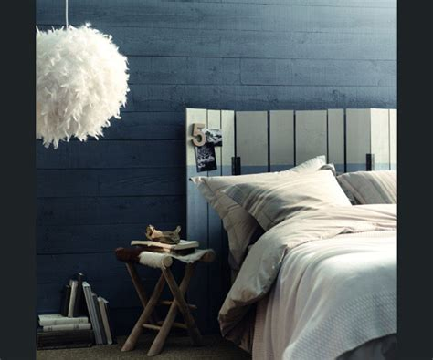 louer une chambre pour une nuit peinture bleu nuit chambre