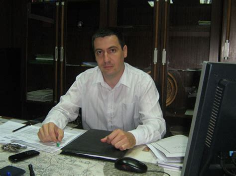 Botevgradcom  Нова схема за измама в горите (Новини