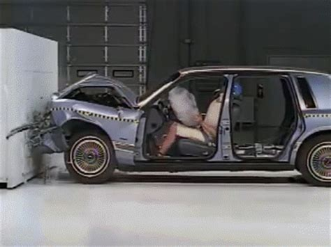 crash test    safety belt    gif