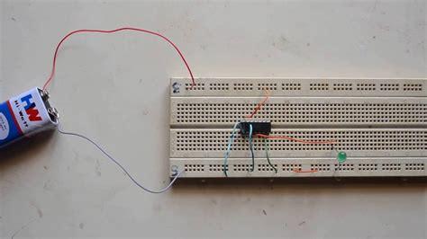Gate Simple Experiment Using Logic Gates