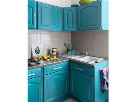 des placards de cuisine cuisine 12 astuces pour relooker facilement vos placards