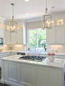 cabinets to ceiling 689