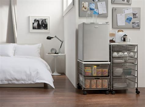 elfa Mini Kitchen for your Room.   dorm room ideas