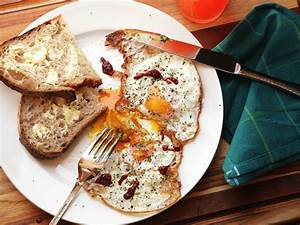 10 Delicious Egg Breakfast Recipes To Start Your Day