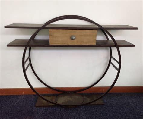 console design en metal avec un tiroir bois massif