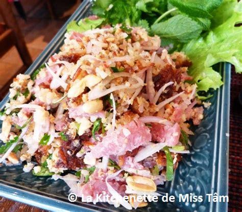 recette de cuisine thailandaise laos nem thadeua ou salade de riz croustillant et de som
